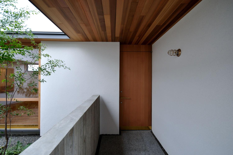 軒下のアプローチ空間